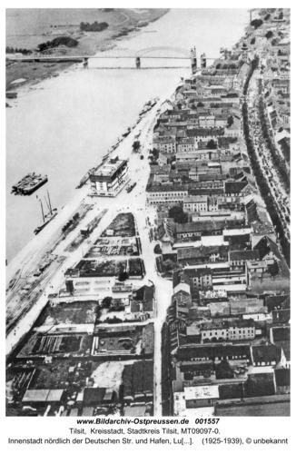 Tilsit, Innenstadt nördlich der Deutschen Str. und Hafen, Luftbild