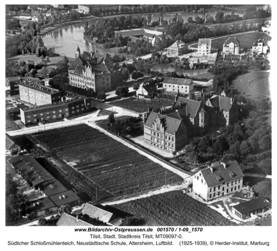 Tilsit, Südlicher Schloßmühlenteich, Neustädtische Schule, Altersheim, Luftbild