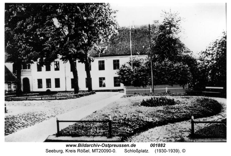 Seeburg, Schloßplatz