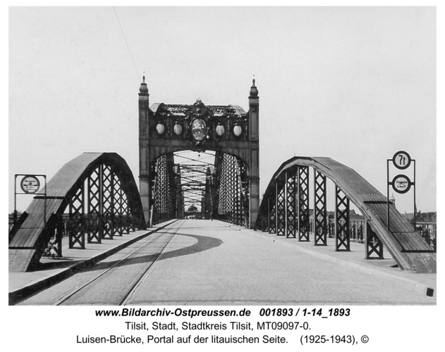 Tilsit, Luisen-Brücke, Portal auf der litauischen Seite