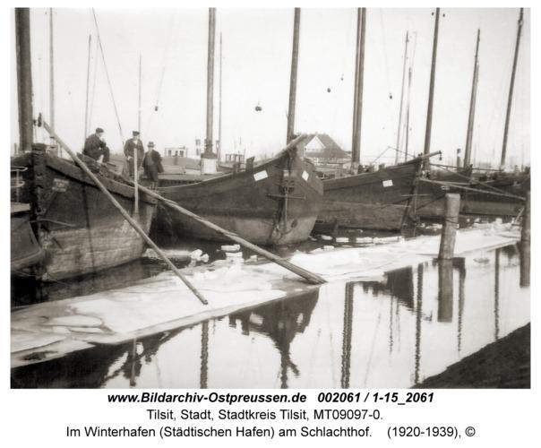 Tilsit, Im Winterhafen (Städtischen Hafen) am Schlachthof