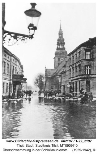 Tilsit, Überschwemmung in der Schloßmühlenstr.
