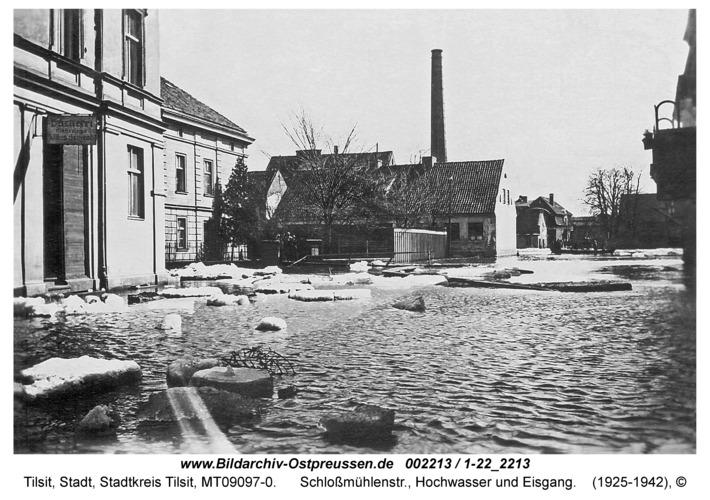 Tilsit, Schlossmühlenstr., Hochwasser und Eisgang