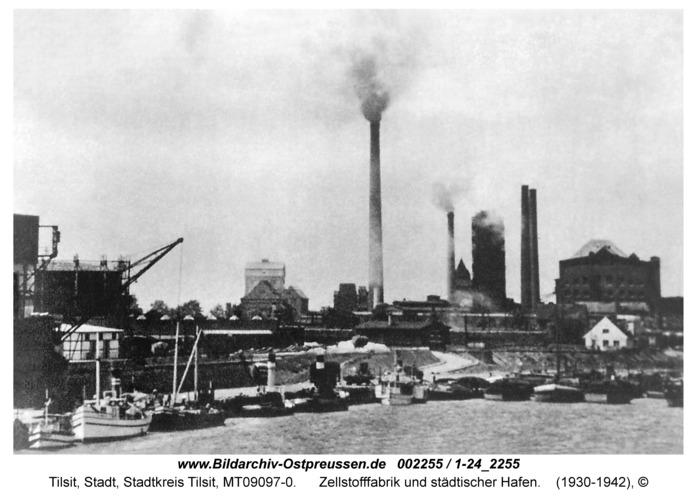 Tilsit, Zellstofffabrik und städtischer Hafen