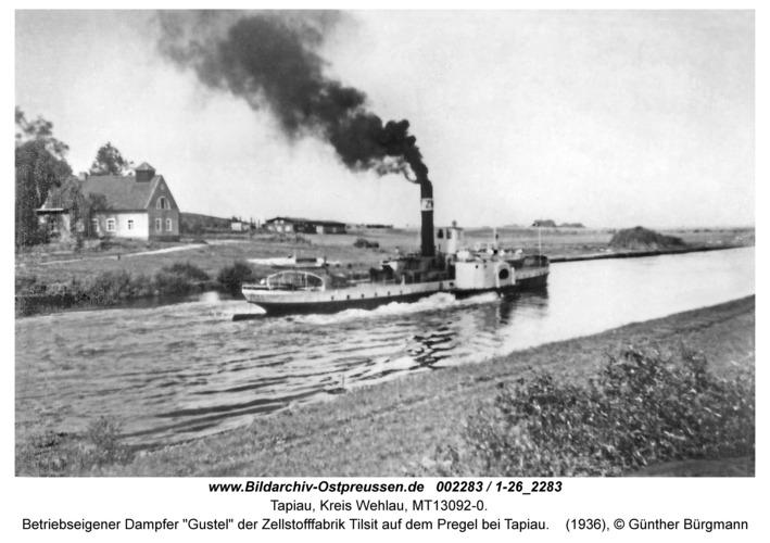 "Tapiau, Betriebseigener Dampfer ""Gustel"" der Zellstofffabrik Tilsit auf dem Pregel bei Tapiau"