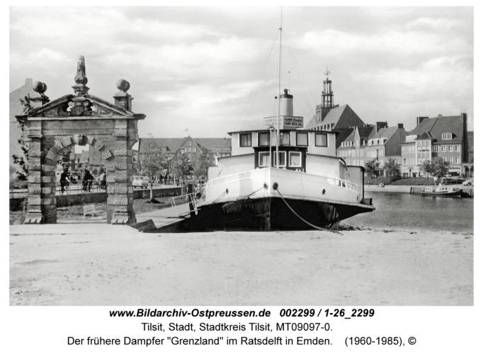 """Tilsit, Der frühere Dampfer """"Grenzland"""" im Ratsdelft in Emden"""