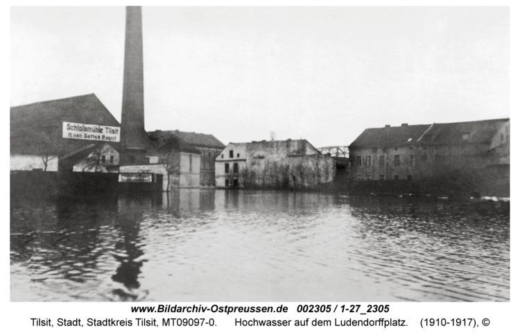 Tilsit, Hochwasser auf dem Ludendorffplatz
