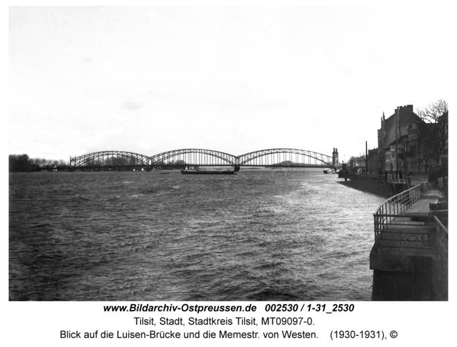 Tilsit, Blick auf die Luisen-Brücke und die Memestr. von Westen