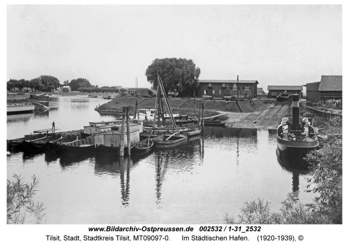 Tilsit, Im Städtischen Hafen