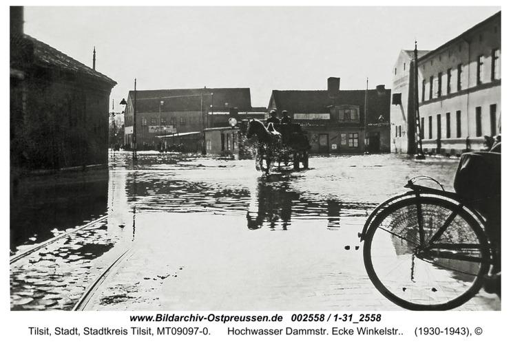 Tilsit, Hochwasser Dammstr. Ecke Winkelstr.