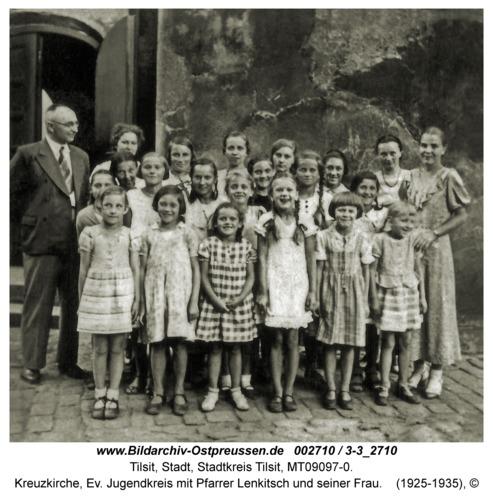 Tilsit, Kreuzkirche, Ev. Jugendkreis mit Pfarrer Lenkitsch und seiner Frau