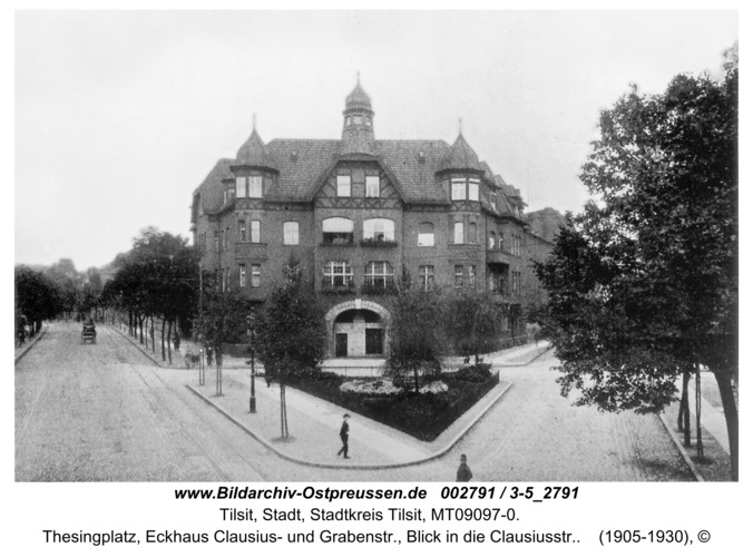 Tilsit, Thesingplatz, Eckhaus Clausius- und Grabenstr., Blick in die Clausiusstr.