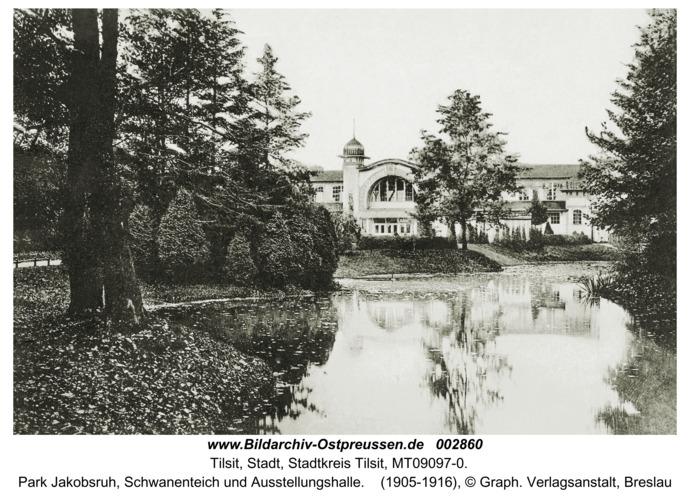 Tilsit, Park Jakobsruh, Schwanenteich und Ausstellungshalle