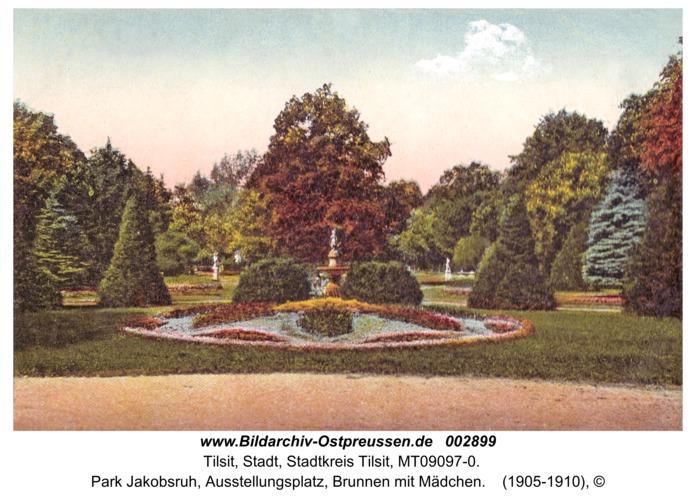 Tilsit, Park Jakobsruh, Ausstellungsplatz, Brunnen mit Mädchen