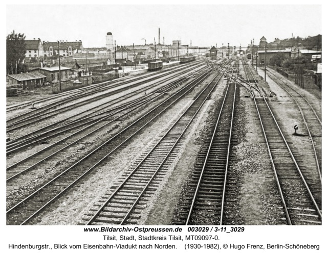 Tilsit, Hindenburgstr., Blick vom Eisenbahn-Viadukt nach Norden