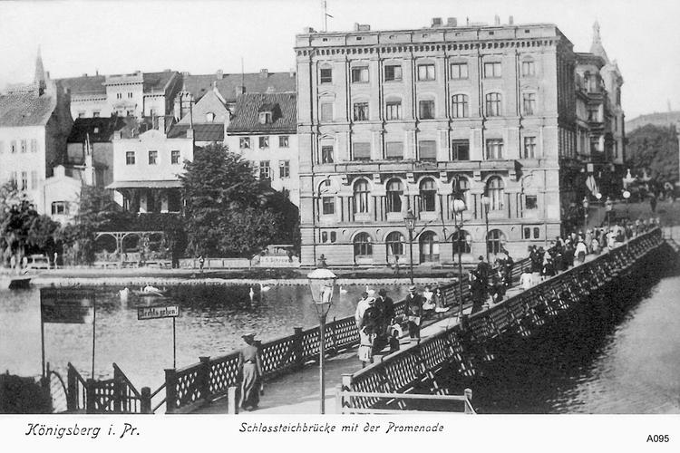 Königsberg, Schloßteichbrücke mit der Promenade