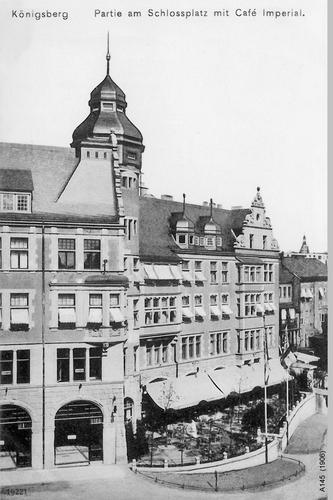 Königsberg, Partie am Schloßplatz mit Café Imperial