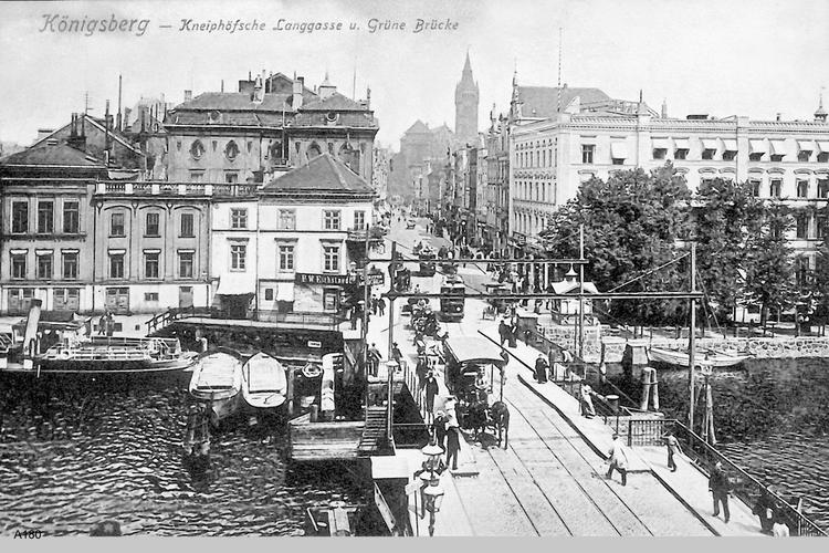 Königsberg, Kneiphöfsche Langgasse und Grüne Brücke