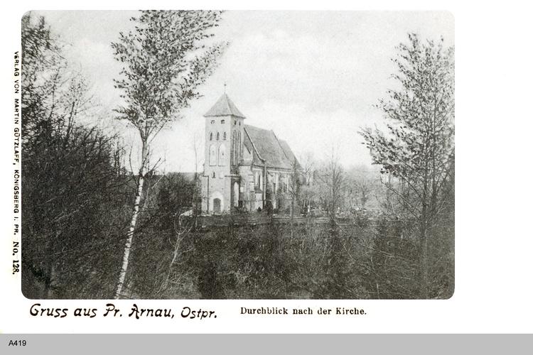 Arnau, Kirche