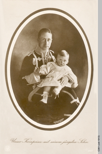 Königsberg, Kronprinz mit Jüngstem Sohn