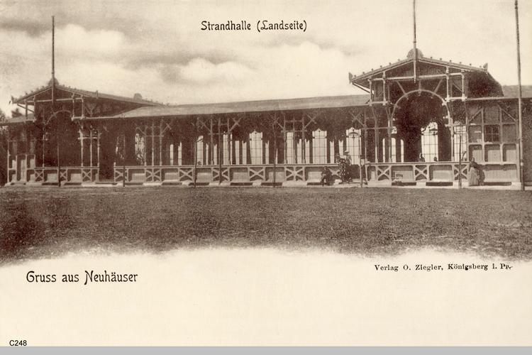 Neuhäuser, Strandhalle(Landseite)