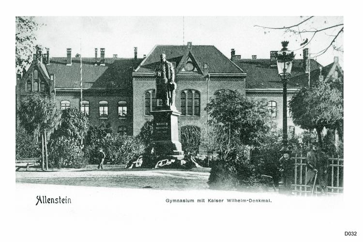 Allenstein, Gymnasium, Kaiser Wilhelm Denkmal