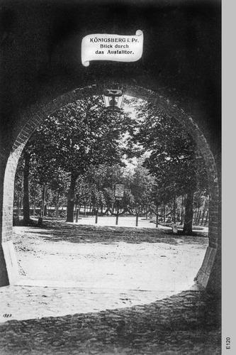 Königsberg, Blick durch das Ausfalltor
