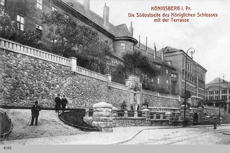 Königsberg, Die Südseite des Schlosses mit der Terrasse