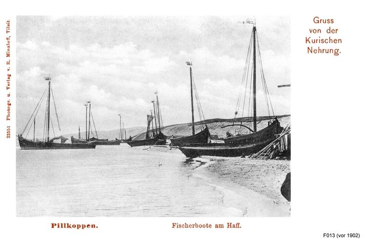 Pillkoppen, Fischerboote am Haff