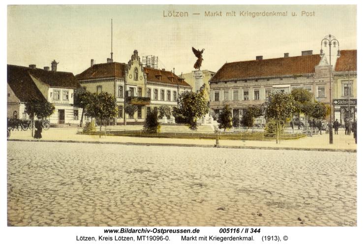 Lötzen, Markt mit Kriegerdenkmal