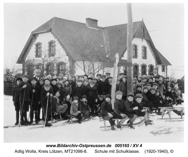 Freihausen, Schule mit Schulklasse