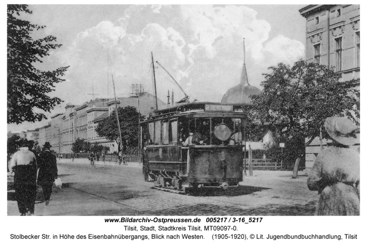 Tilsit, Stolbecker Str. in Höhe des Eisenbahnübergangs, Blick nach Westen