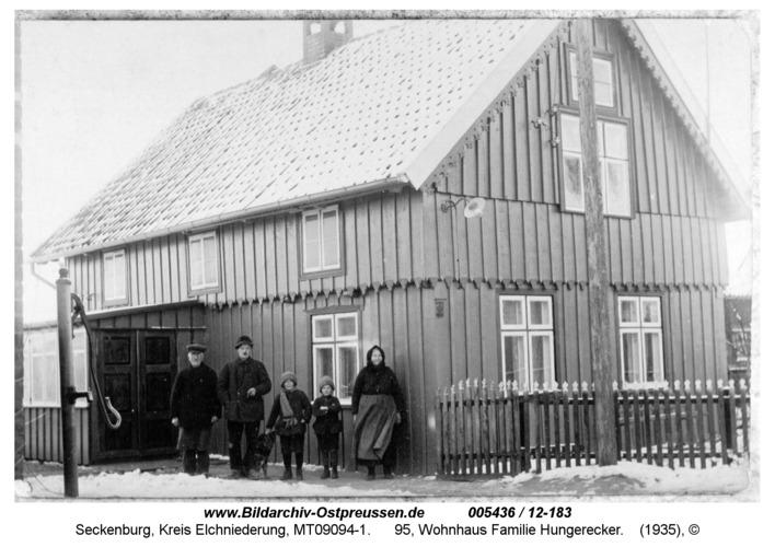 Seckenburg, 95, Wohnhaus Familie Hungerecker