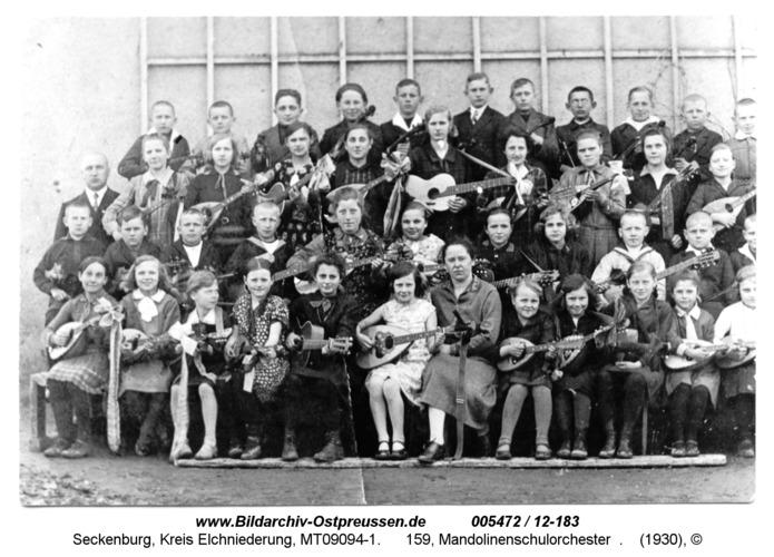 Seckenburg, 159, Mandolinenschulorchester