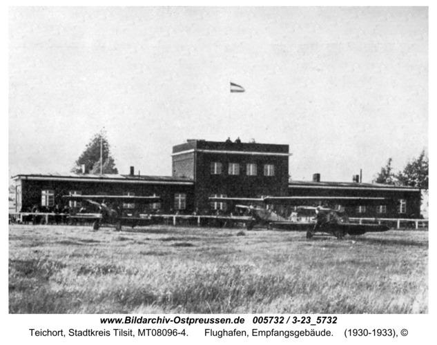 Tilsit-Teichort, Flughafen, Empfangsgebäude