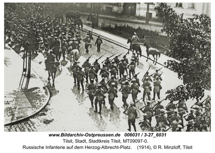 Tilsit, Russische Infanterie auf dem Herzog-Albrecht-Platz