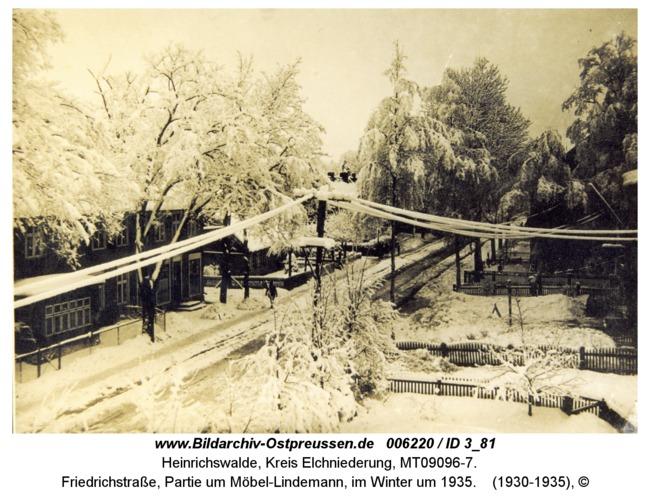 Heinrichswalde, Friedrichstraße, Partie um Möbel-Lindemann, im Winter um 1935