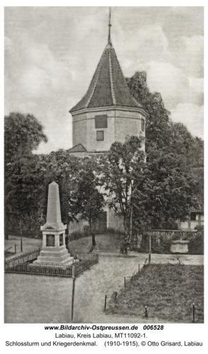 Labiau, Schlossturm und Kriegerdenkmal