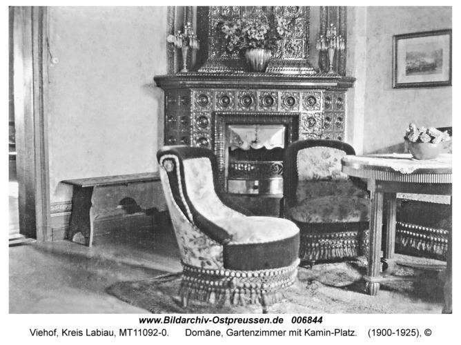 Viehof, Domäne, Gartenzimmer mit Kamin-Platz