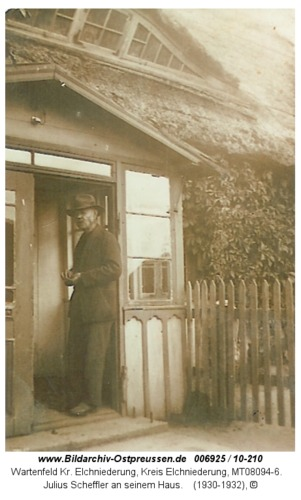 Wartenfeld, Julius Scheffler an seinem Haus