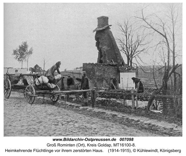 Hardteck (Groß-Rominten), Heimkehrende Flüchtlinge vor ihrem zerstörten Haus
