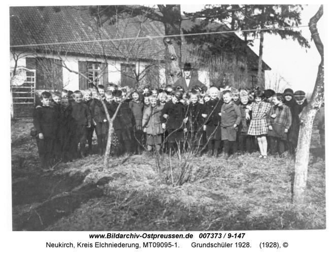 Neukirch 235, Grundschüler 1928