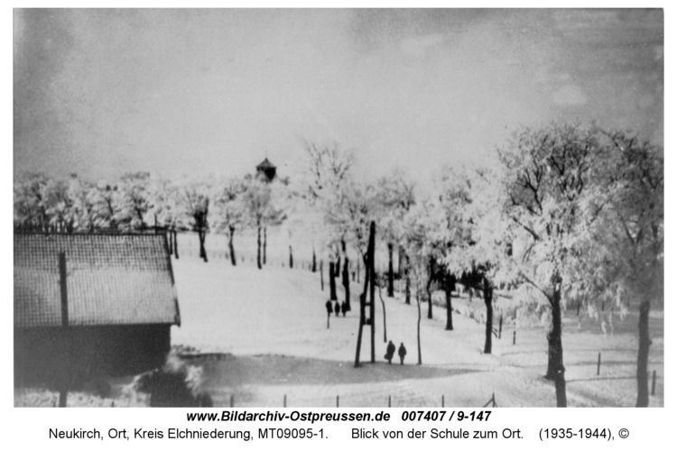Neukirch 51, Blick von der Schule zum Ort