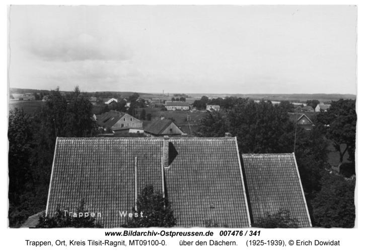 Trappen-Ost, über den Dächern