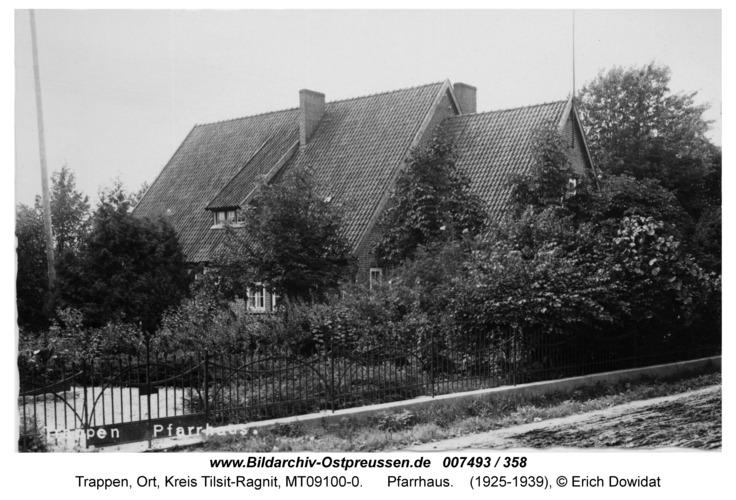 Trappen, Pfarrhaus