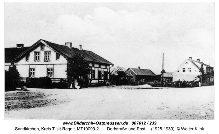 Sandkirchen, Dorfstraße und Post