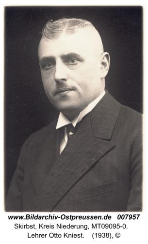 Skirbst, Lehrer Otto Kniest