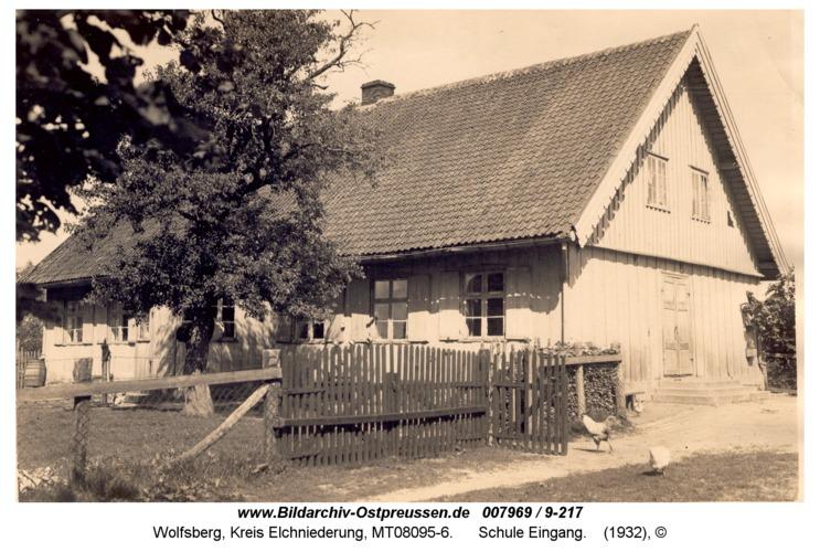 Wolfsberg, Schule Eingang