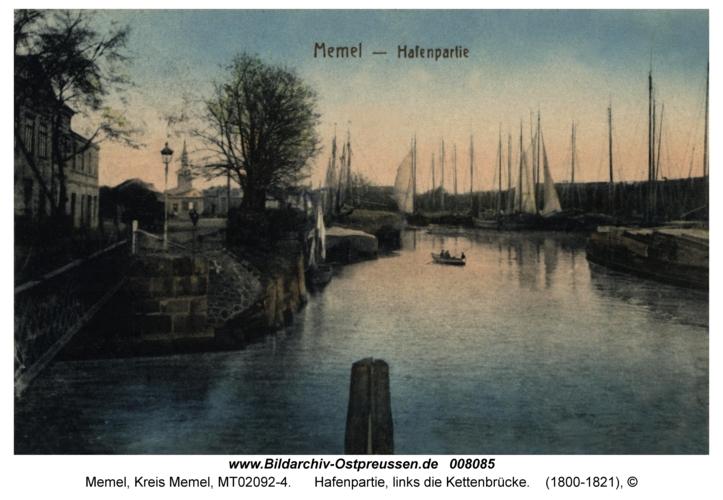 Memel, Hafenpartie, links die Kettenbrücke