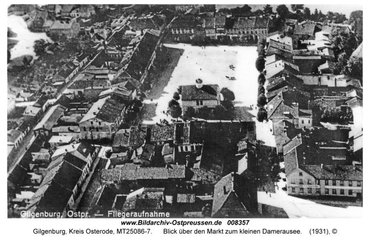 Gilgenburg, Blick über den Markt zum kleinen Damerausee